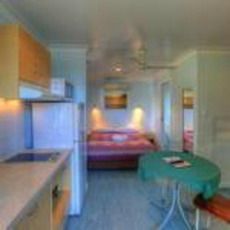 Queens Beach Tourist Village: Poolside Ensuite Villa