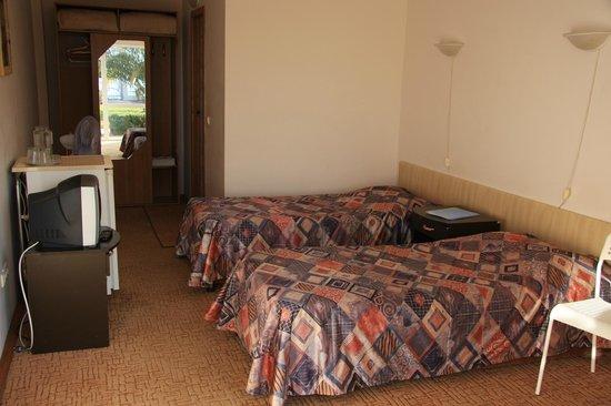WaterLoo Hotel: Twin econom