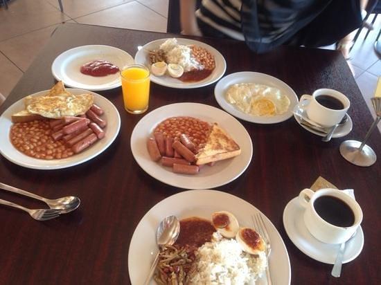 Bella Vista Waterfront: our breakfast
