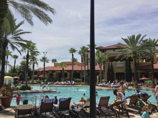 Floridays Resort Orlando: pool area pic 3