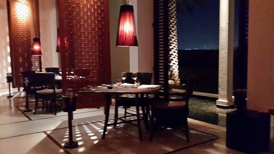 The Beach Restaurant at The Chedi Muscat: The beach restaurant at The Chedi