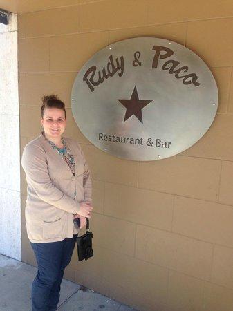 Rudy & Paco Restaurant & Bar : entrance sign