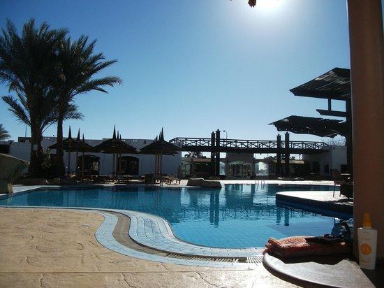 Tivoli Hotel : патио