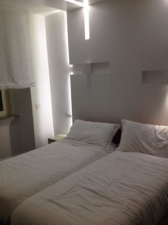 Hotel Abruzzi : The new rooms are light, well equipped and with a modern design.