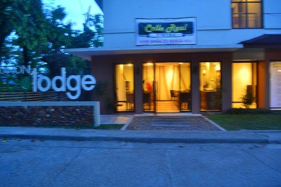 Coron Ecolodge : The Facade