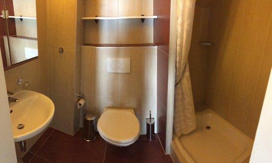 Les Chambres du Léman: Salle de bains