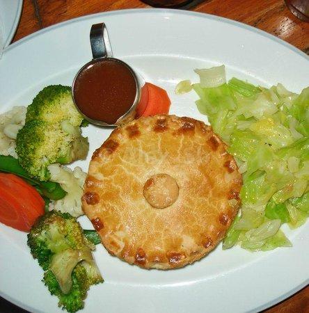 Paddy's Palms Irish Pub: pie