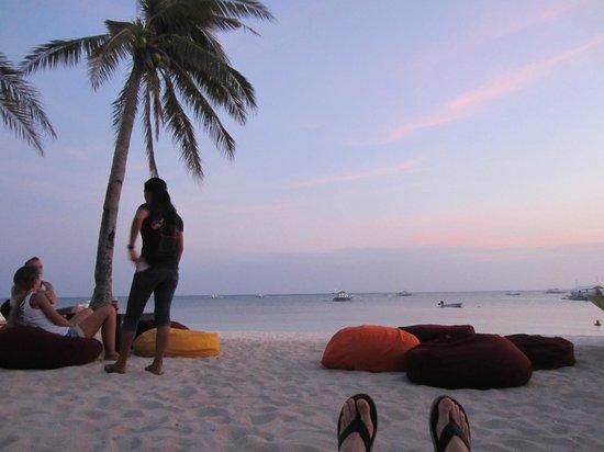 Ocean Vida Beach & Dive Resort : Relaxing at Ocean Vida
