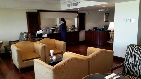 InterContinental Hotel Muscat : The Club Lounge