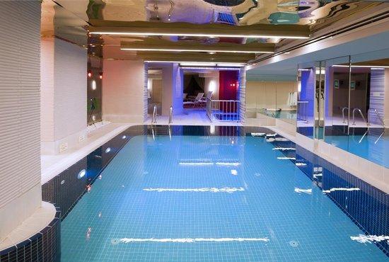 Yasmak Sultan Hotel: Indoor Swimming Pool