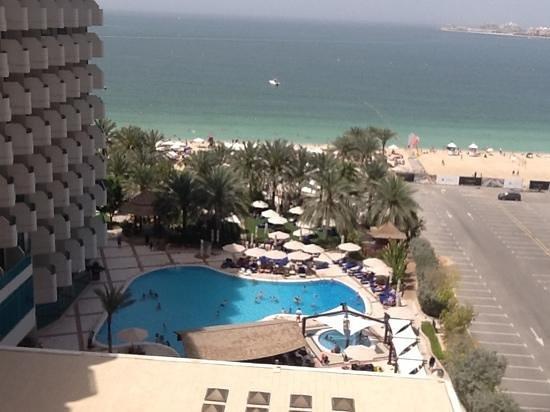 Hilton Dubai Jumeirah : view from our room, 7th floor.