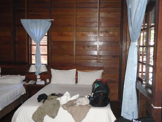Bilit Rainforest Lodge: Room