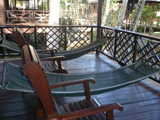 Bilit Rainforest Lodge: Outside the room