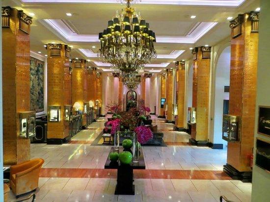 Hôtel Barrière Le Majestic Cannes: reception de l'hotel