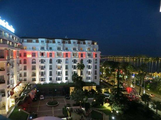 Hôtel Barrière Le Majestic Cannes: vue de la terrasse