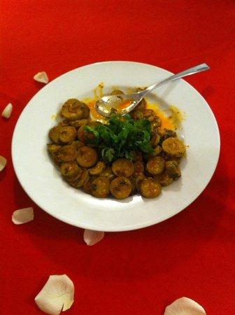 Riad Bamboo: Cena - Zucchine speziate (scusate avevamo già iniziato a mangiarle!)