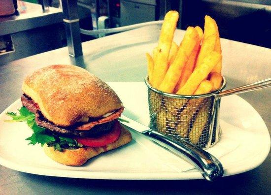 Margaret River Hotel: Steak Sandwich