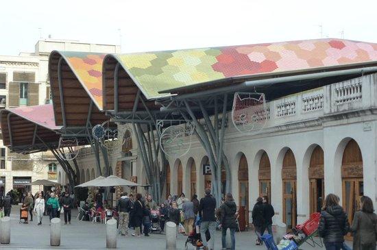 Mercado de Santa Caterina: 市場の入口