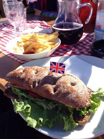 Piz Arlara: Sausage Sandwich