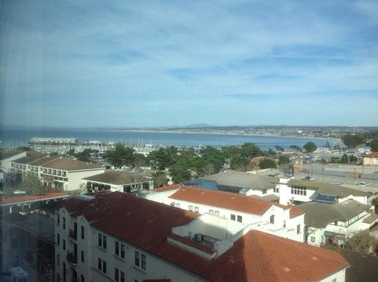 Monterey Marriott: bay view from our room