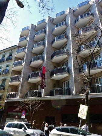 Mercure Madrid Plaza de Espana: Seitenansicht