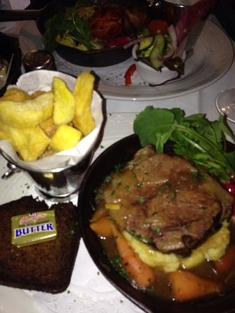 Oliver St. John Gogarty's Pub: braised beef