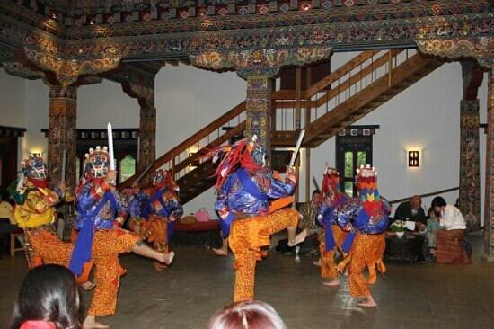 Zhiwa Ling: Cultural show in progress in Zhiwaling