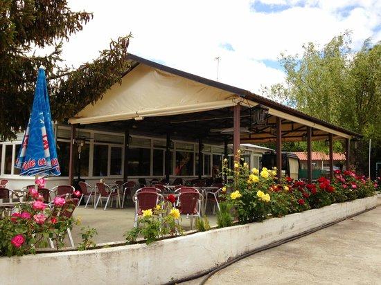 Camping Don Quijote: Terraza de la cafetería