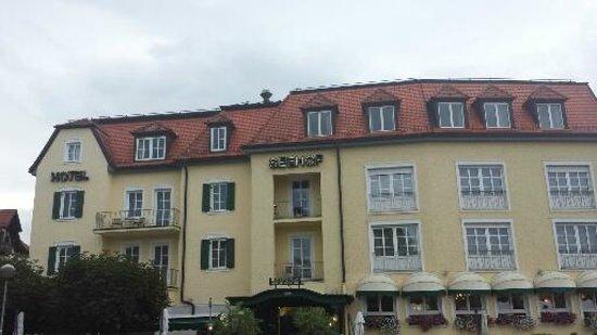 Hotel Seehof: Вид на отель  днем