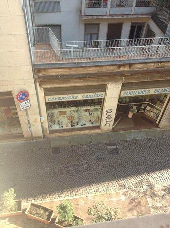 Hotel Carrobbio: odadan sokaga bakıs