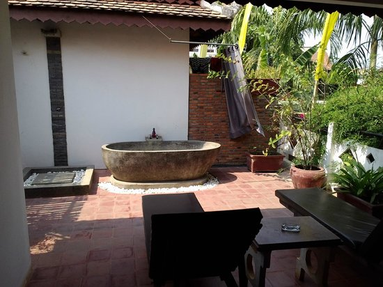 Rambutan Resort - Siem Reap: roof terrace