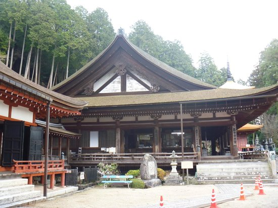 Omihachiman, Japan: 本堂(重要文化財)