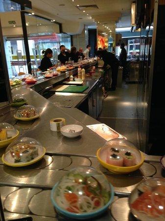 Yo! Sushi: Yo Sushi in Selfridges, food running in a belt