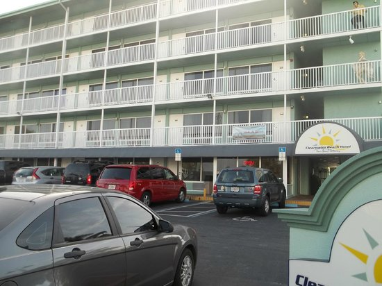 Clearwater Beach Hotel : Our room next to receptionl