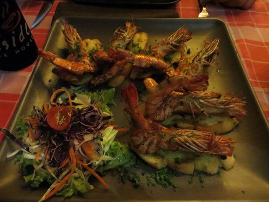 The Seaside steakhouse : Specially made prawn starter!