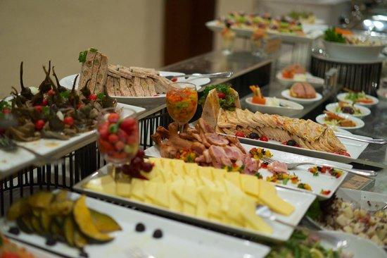 Amaya Hills: Schönes und gutes Buffet