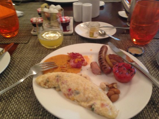 The Imperial Hotel: Good Breakfast Spread