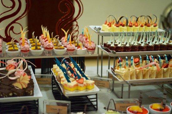 Amaya Hills: Schönes und gutes Dessertbuffet