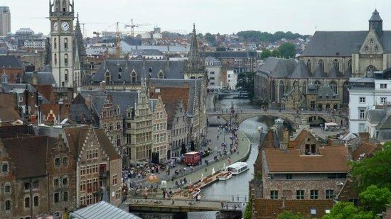 Free Tour Ghent: looking down to the town