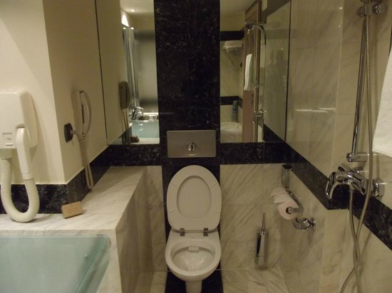 Club Hotel Loutraki : Room 221