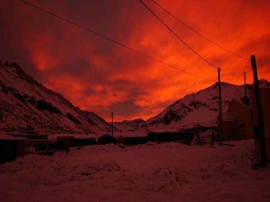 Collasuyo : Atardecer invernal con nieve