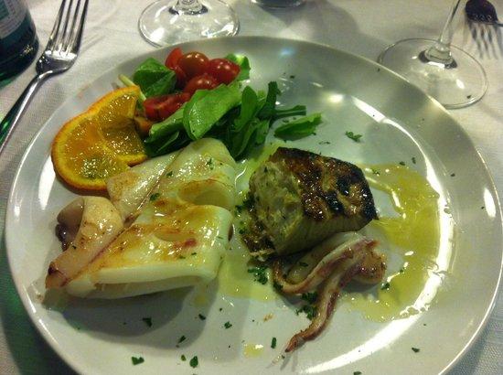Osteria Da Francesco: Ricciola e Calamari alla griglia