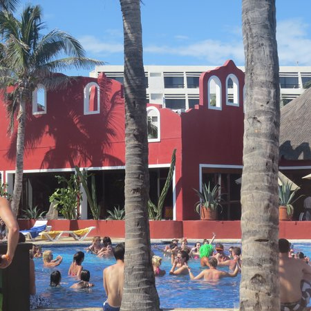 Grand Oasis Palm: outra piscina, mais badalada