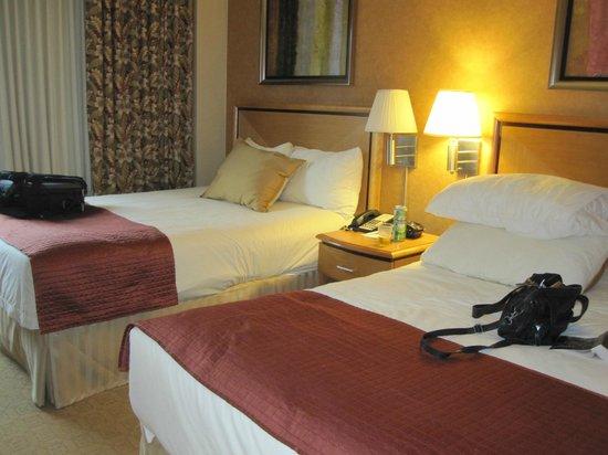 Skyline Hotel: Skööna sängar!!