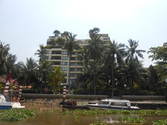 Saigon Domaine Luxury Residences : the hotel