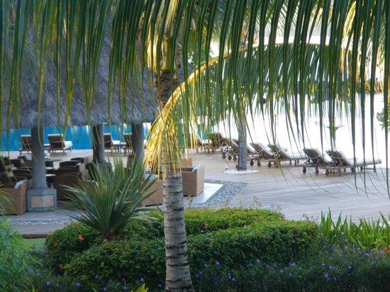 Sands Suites Resort & Spa: bar snack