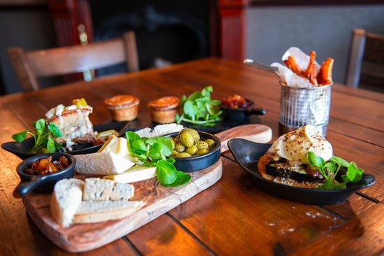 The Chequers Inn: Selection from our British Tapas menu