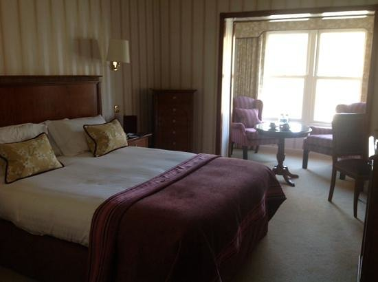 Lakeside Hotel: room 205