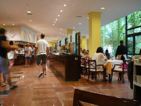 Hipotels Natura Palace: comedor
