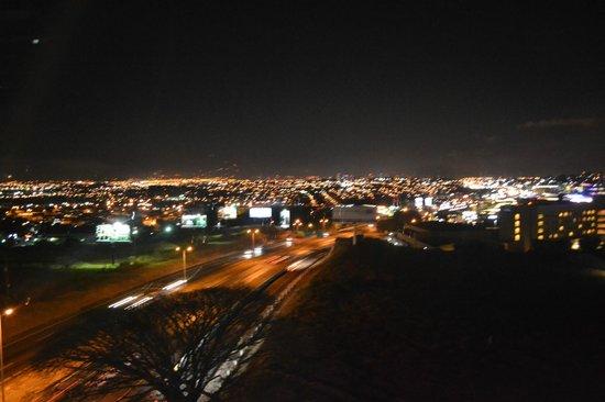 8ctavo Rooftop Restaurant & Lounge: Vista